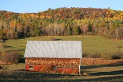 Landelijke keet in de Dalingsseizoen van New Brunswick Stock Fotografie