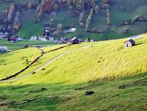 Landelijke Landbouwbedrijven en de Traditionele Architectuur van Alt St Johann in Thur-Riviervallei royalty-vrije stock foto