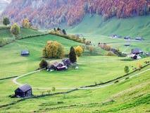 Landelijke Landbouwbedrijven en de Traditionele Architectuur van Alt St Johann in Thur-Riviervallei stock foto