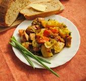Landelijke lunch met eigengemaakt brood Royalty-vrije Stock Afbeelding