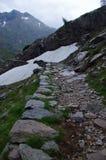 Landelijke route in de Alpen royalty-vrije stock afbeeldingen