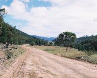 Landelijke weg royalty-vrije stock afbeeldingen