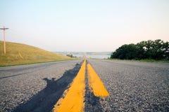 Landelijke weg dichtbij Meer Oahe Royalty-vrije Stock Foto