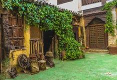 Landelijke Workshop met vele die hulpmiddelen in landbouw, Ubeda, Spanje worden gebruikt stock fotografie