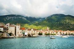Landend stadium in Adriatic, marine, zeegezicht Het reizen, zeilen stock fotografie
