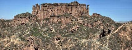 Landform Danxia Binggou στο εθνικό πάρκο geo Zhangye Danxia στην επαρχία Gansu στην Κίνα Στοκ Εικόνες