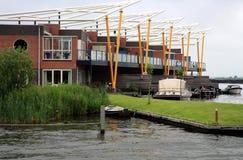 Landgoed bij kanaal Royalty-vrije Stock Foto's
