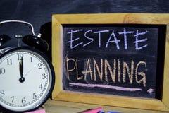 Landgoed Planning op uitdrukkings kleurrijke met de hand geschreven op bord stock fotografie
