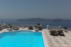 Landhaus auf Santorini-Insel Stockfotos