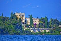 Landhaus Borghese auf Isola Garda Garda See Italien stockbilder