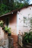 Landhaus-Eingang in Brasilien stockfotos