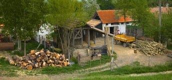 Landhaus im Herbst Lizenzfreie Stockfotos