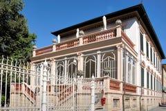 Landhaus innerhalb der Wände von Lucca Lizenzfreie Stockfotos