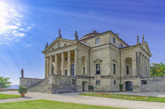 Landhaus Rotonda lizenzfreie stockbilder