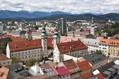 Landhaushof van St Egyd Kerk, Klagenfurt wordt gezien die Royalty-vrije Stock Foto