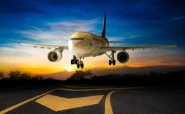 Landing aeroplane Royalty Free Stock Images