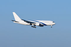 Landing airplane Stock Photography