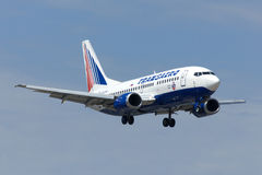 Landing of Boeing-737. Aircraft of TransAero, Adler, Sochi, Russia, August 7, 2012 royalty free stock images