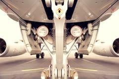 Landingsgestel van jetplane, vliegtuigen Stock Afbeeldingen