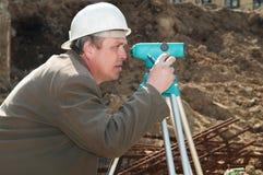 Landmeter aan het bouwwerk royalty-vrije stock foto's