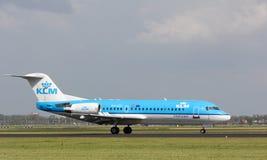 Landning för cityhopper för KLM Air France fokker 70 Arkivfoton