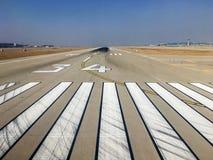 Landningsbana på Incheon den internationella flygplatsen arkivfoto