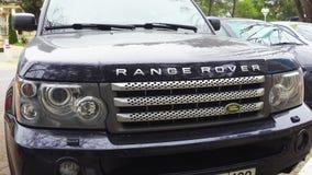 Landrover Range Rover, Bumper en koplampen stock videobeelden