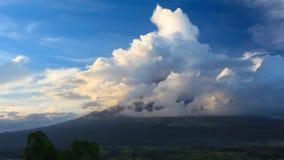 Landsape вокруг Mt Mayon II видеоматериал