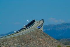 Landscap med den atlantiska vägen Norge fotografering för bildbyråer