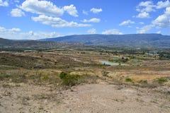Landscape蓝色湖沙漠在博亚卡省哥伦比亚 免版税库存照片