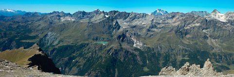 Landscape of an alpine lake Royalty Free Stock Photography