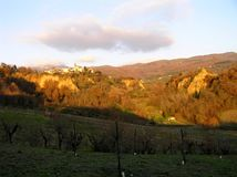 The landscape in the background of Leonardo da Vinci`s Mona Lisa: the Balze of Valdarno, Tuscany stock image