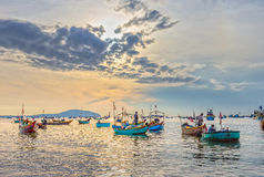 Landscape brisk trade in fish at Mui Ne fishing village Stock Photography