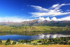 Landscape and cloud with lake reflection. At South island, New Zealand Royalty Free Stock Photos