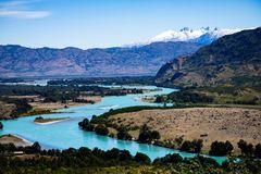 Landscape of the commune of Cochrane and the Baker River. Landscape of the commune of Cochrane. Rio Baker with its turquoise tone and the pampa and its stock photos