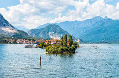 Landscape of lake Maggiore with Fishermen Island (Isola dei Pescatori). Stock Images
