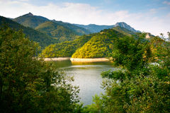 Landscape with lake and mountains Royalty Free Stock Photography
