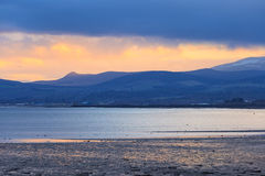 Landscape of mountain at Cromarty Firth during Sunset in Invergordon Royalty Free Stock Photos