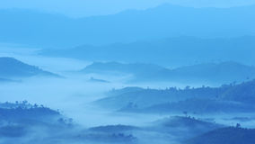 Landscape sea of fog at the mountains Royalty Free Stock Photos