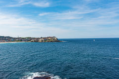 Landscape of the shore along the Bondi to Coogee coastal walk in Sydney, Australia. A cliff top coastal walk featuring stunning views, beaches, parks, cliffs Stock Photo