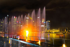 Landscape of the Singapore Marina Bay hotel, bridge, museum and Stock Image