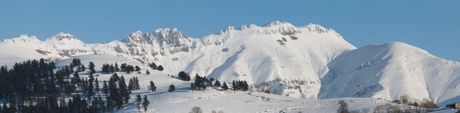 Landscape of snowy mountains Royalty Free Stock Images