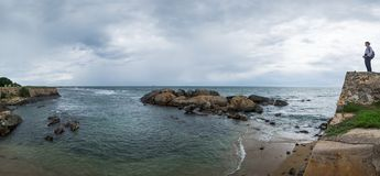 Landscape view on rocky coast ocean in Galle Srilanka Royalty Free Stock Photography