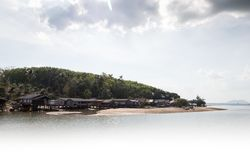 Landscape view of a small fishing village. At Laem Sai, Trang Province, south of Thailand Stock Photos