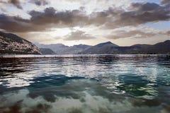 Landscapesee mit Wolke Lizenzfreies Stockfoto