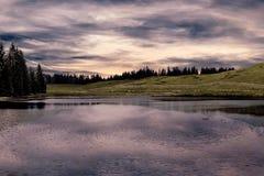 Landscapesee mit Wolke Stockfotografie