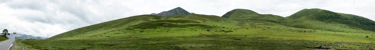 Landschaft auf der Sichuan-Landstraße in China Lizenzfreies Stockfoto