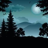 Landschaft, Bäume, Mond und Berge Stockbilder