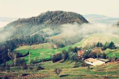 Landschaft in den Apennines-Bergen, Italien stockbilder