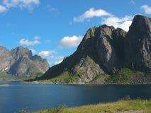 Landschaft in den Lofoten-Inseln Lizenzfreie Stockfotos
